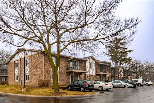 Photo of 9S120 Lake Drive #108, Willowbrook, IL 60527 (MLS # 10592934)