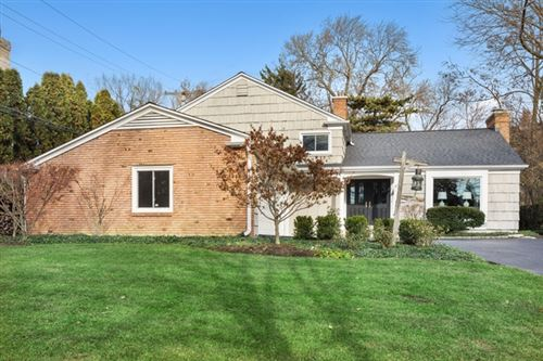Photo of 215 West MAPLE Street, Hinsdale, IL 60521 (MLS # 10582936)