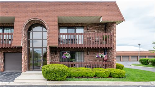 Photo of 6337 Clarendon Hills Road #20, Willowbrook, IL 60527 (MLS # 10724936)