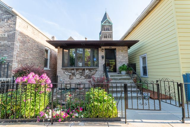 Photo for 531 West 28th Street, CHICAGO, IL 60616 (MLS # 10484936)