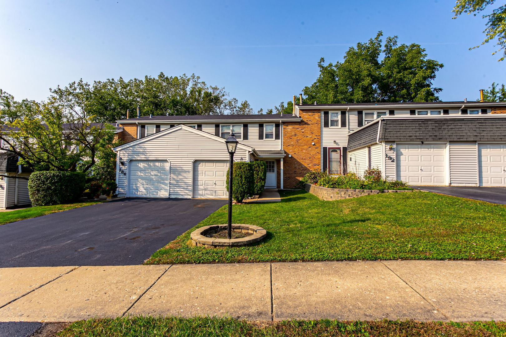 Photo of 188 Pamela Drive, Bolingbrook, IL 60440 (MLS # 10892936)