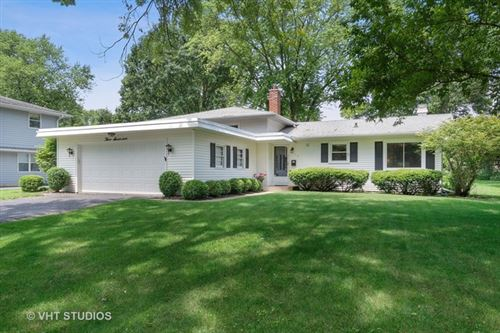 Photo of 317 West Gartner Road, Naperville, IL 60540 (MLS # 10574938)