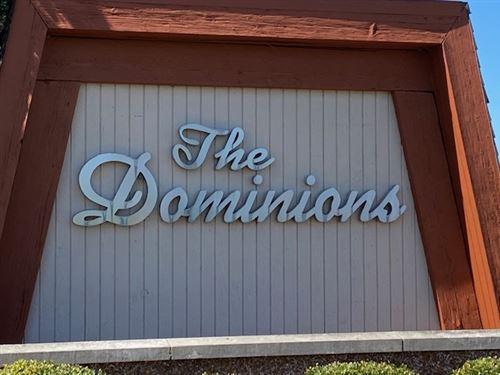 Photo of 465 W Dominion Drive #302, Wood Dale, IL 60191 (MLS # 10870938)