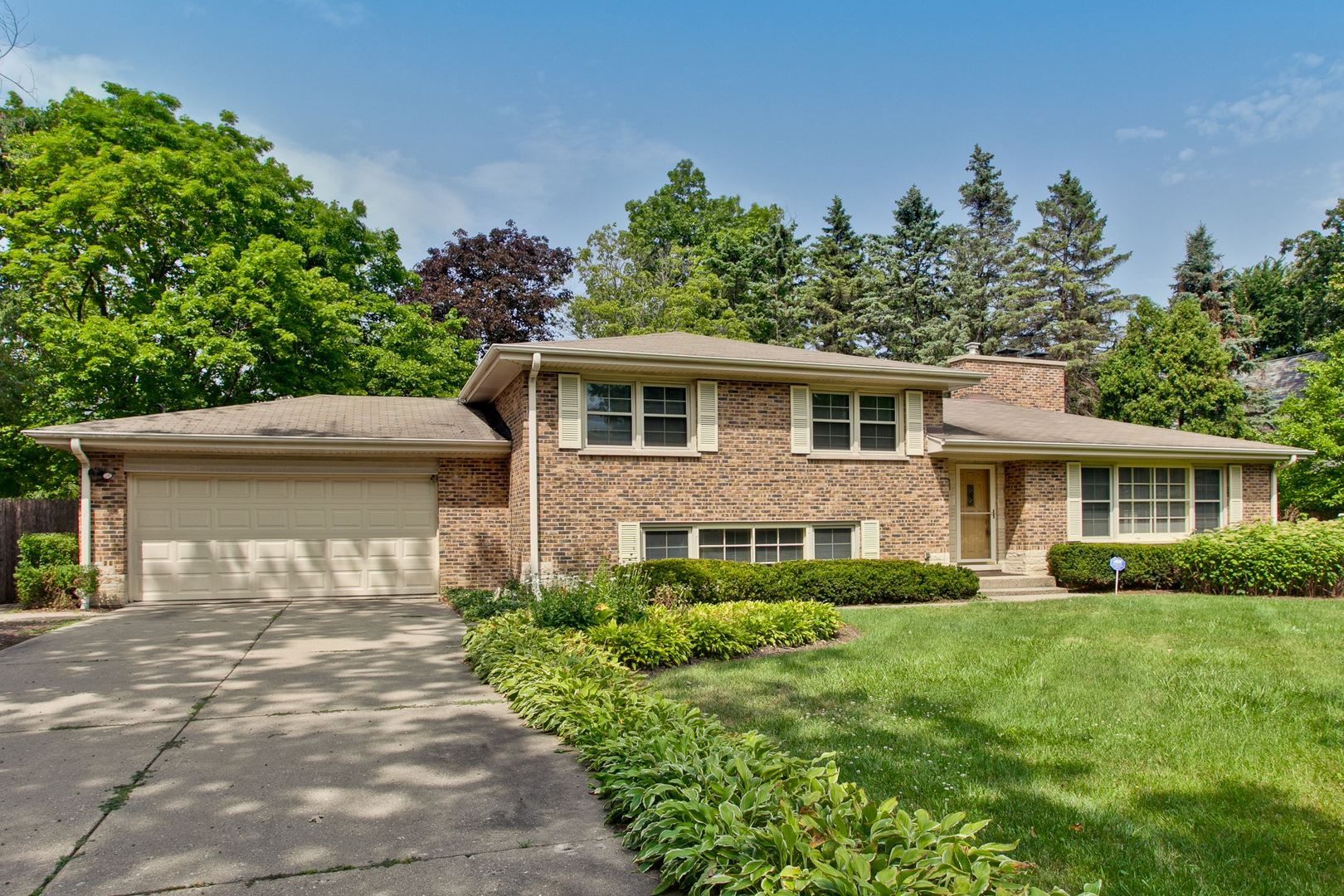 992 Armour Circle, Lake Forest, IL 60045 - #: 10747938
