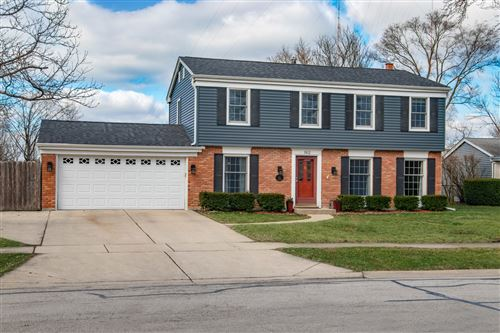 Photo of 162 TOWER Road, Downers Grove, IL 60515 (MLS # 10676939)