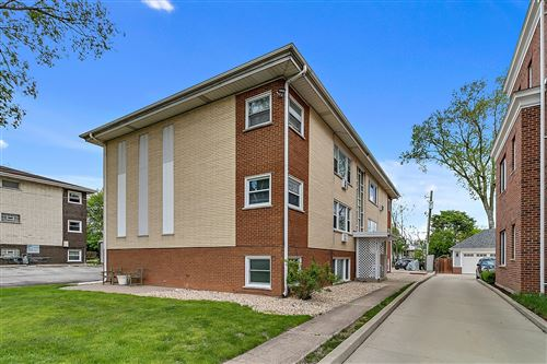 Photo of 1411 W Cossitt Avenue #B2, La Grange, IL 60525 (MLS # 11083939)