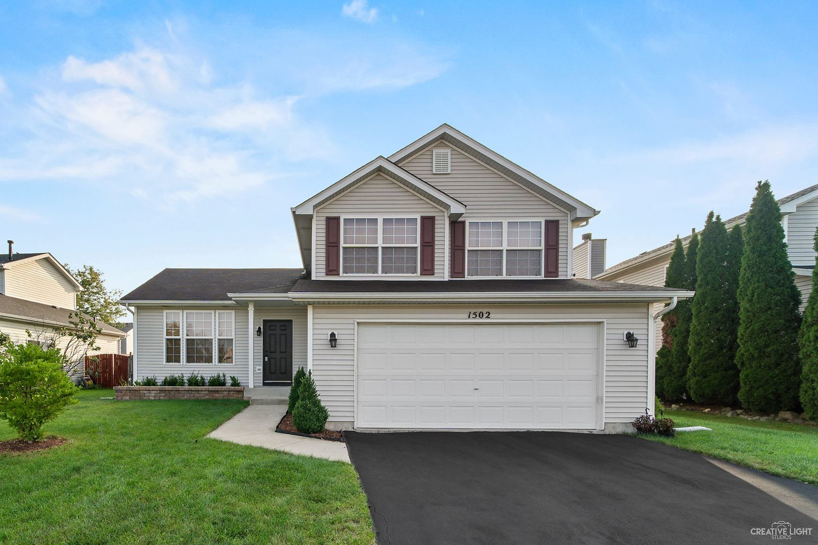 Photo of 1502 Meyer Court, Plainfield, IL 60586 (MLS # 10856939)