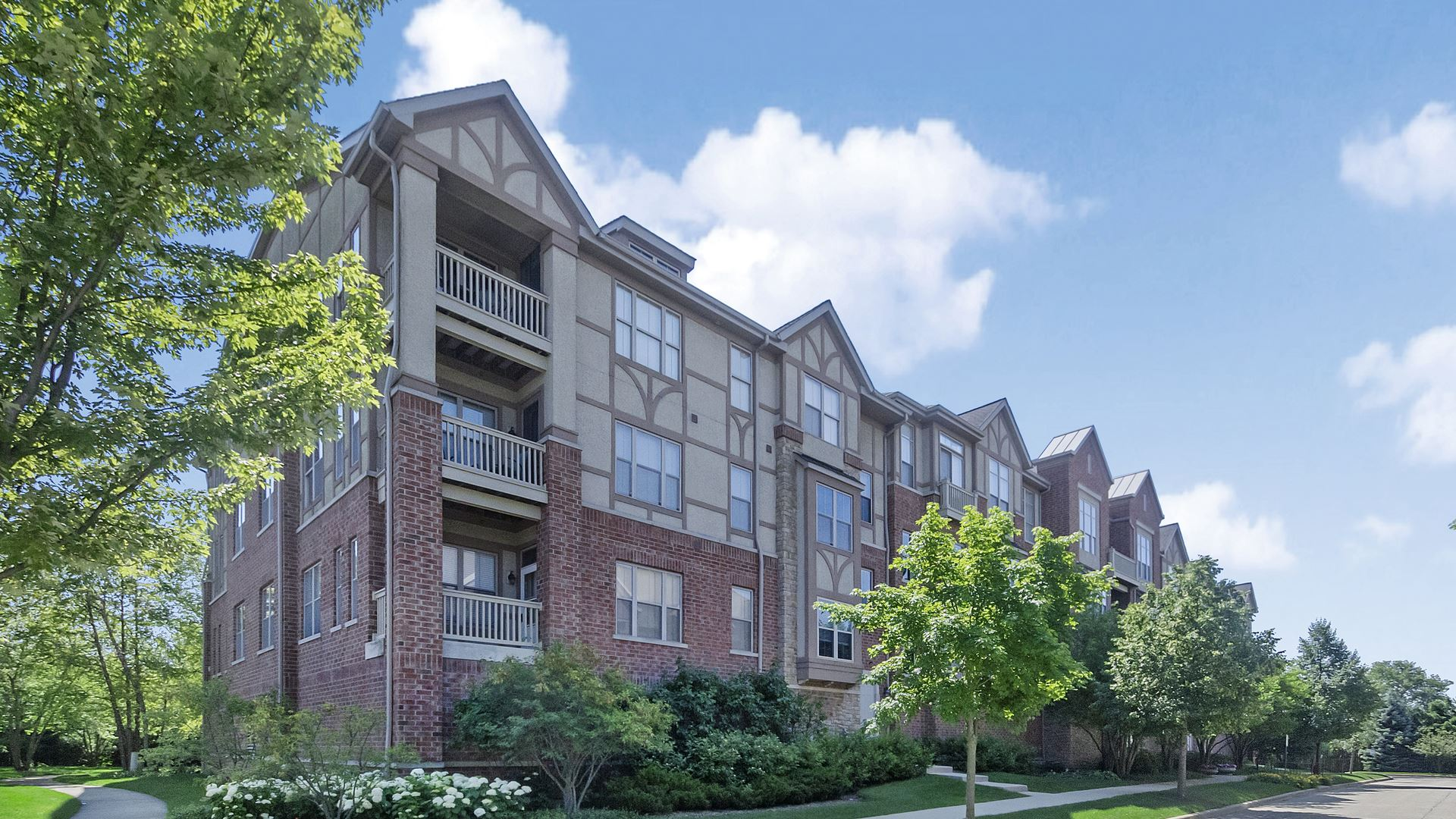 1781 Tudor Lane #202, Northbrook, IL 60062 - #: 10760940