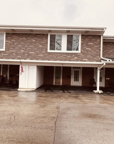 Photo of 2 Cour Deauville, Palos Hills, IL 60465 (MLS # 10576941)