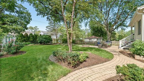 Tiny photo for 334 Woodstock Avenue, Glen Ellyn, IL 60137 (MLS # 10859941)