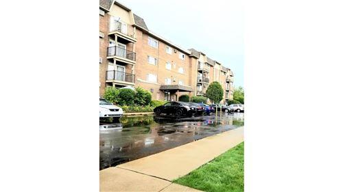 Photo of 2300 Beau Monde Terrace #307, Lisle, IL 60532 (MLS # 11121941)