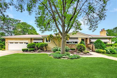 Photo of 1046 S Stone Avenue, La Grange, IL 60525 (MLS # 10768943)