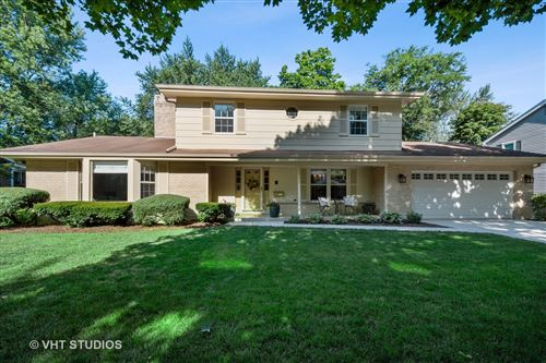 Photo of 332 BEVERLY Road, Barrington, IL 60010 (MLS # 10810946)