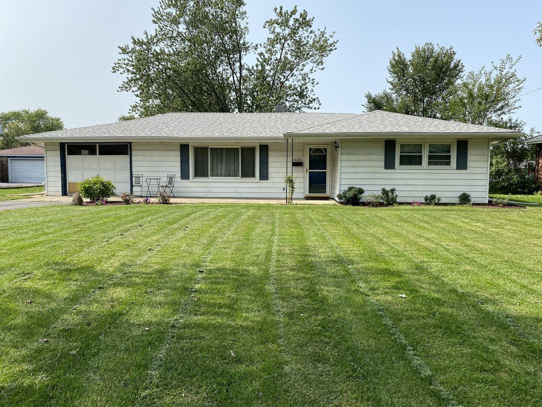 Photo of 1125 Magnolia Drive, Joliet, IL 60435 (MLS # 10858947)
