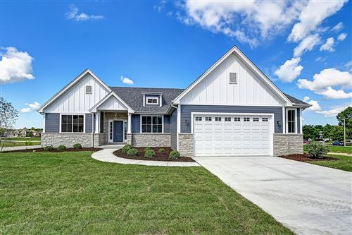 Photo of 20948 Lakewoods Lane, Shorewood, IL 60404 (MLS # 10855948)