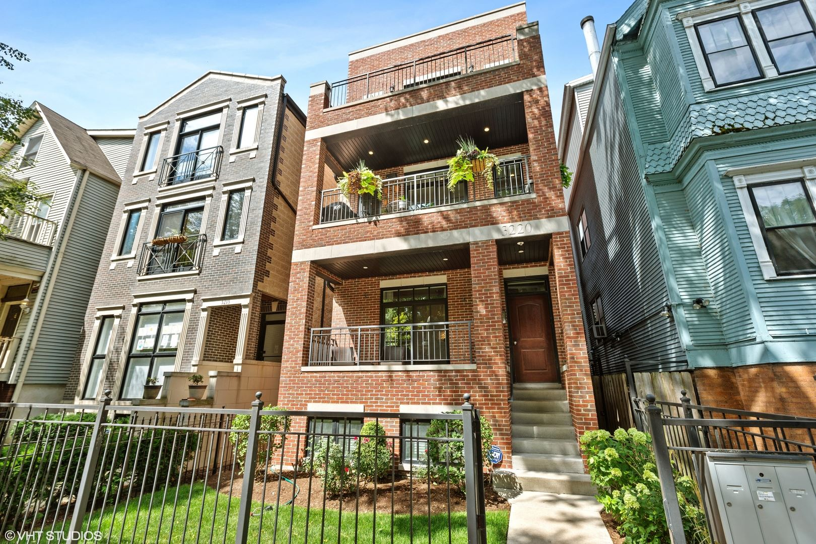 3220 N Kenmore Avenue #2, Chicago, IL 60657 - #: 10805948