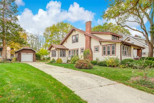 Photo of 5430 Carpenter Street, Downers Grove, IL 60515 (MLS # 10910952)