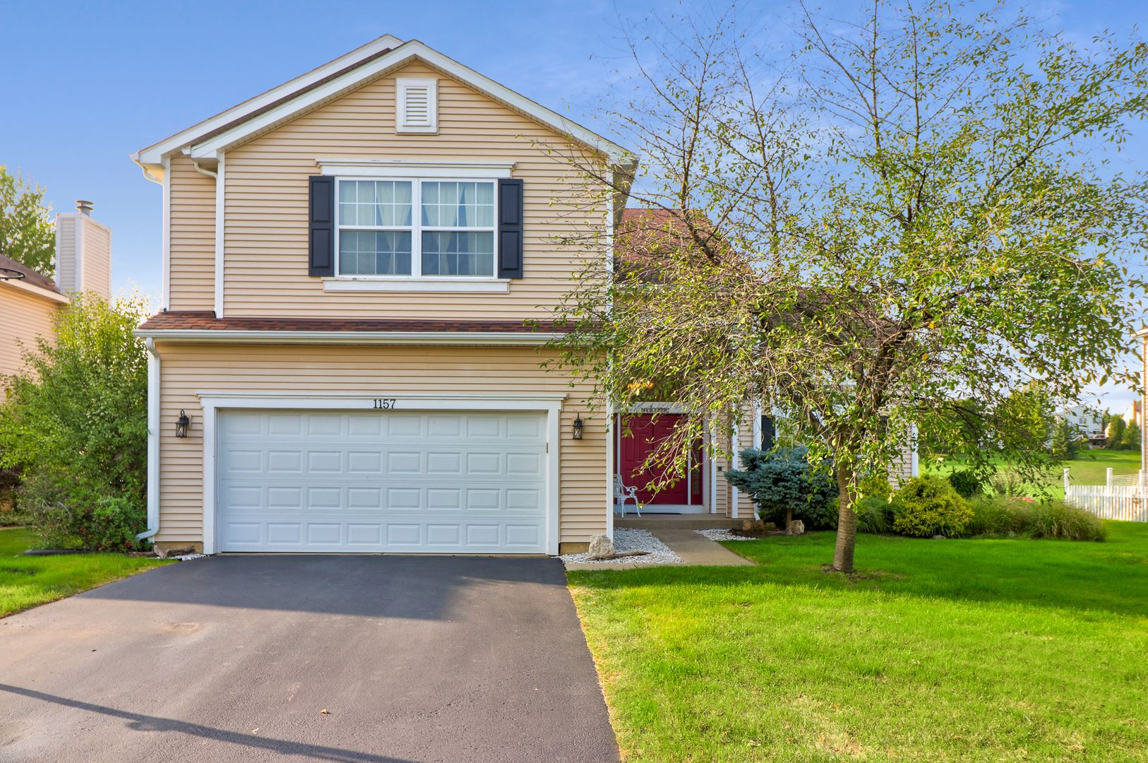 1157 HEAVENS GATE, Lake in the Hills, IL 60156 - #: 10870952