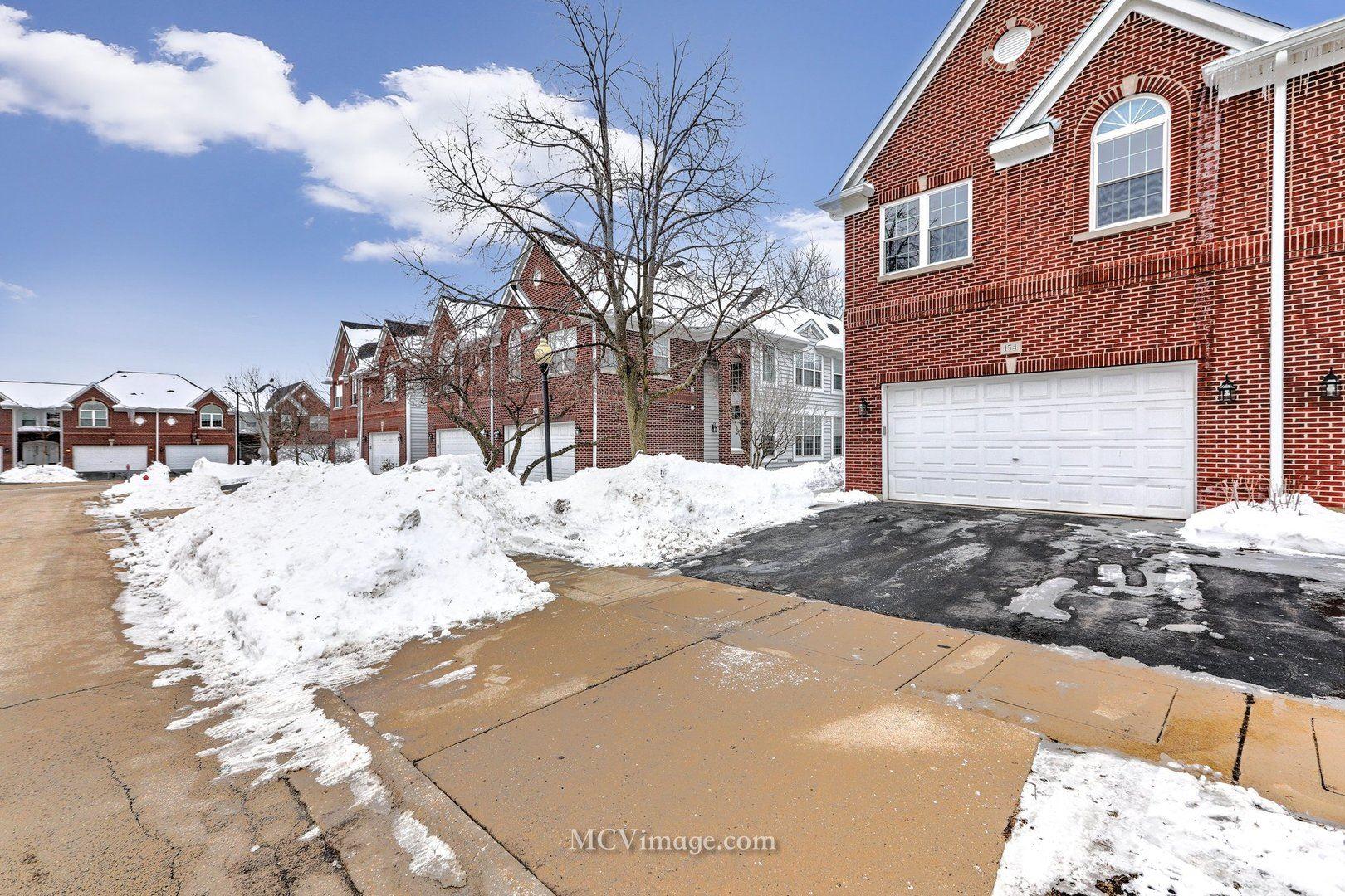 154 Fulbright Lane, Schaumburg, IL 60194 - #: 10987952