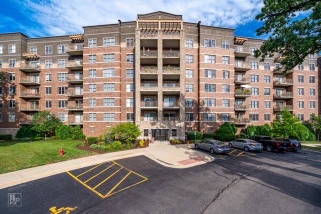 125 Lakeview Drive #501, Bloomingdale, IL 60108 - #: 10784953