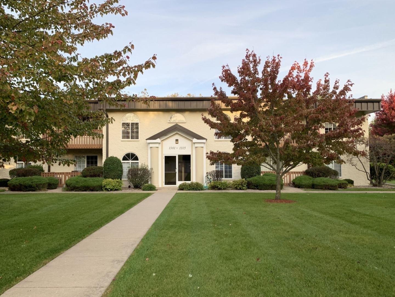 Photo of 1309 Mesa Drive #1309, Joliet, IL 60435 (MLS # 10863953)