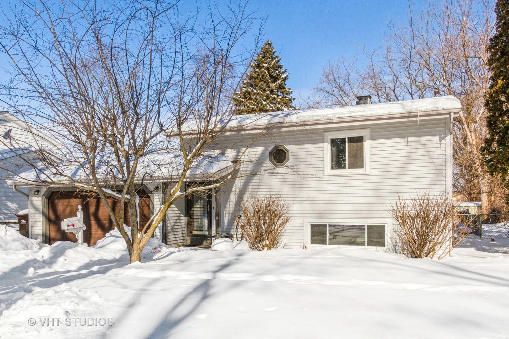316 Maplewood Lane, Crystal Lake, IL 60014 - #: 10990954