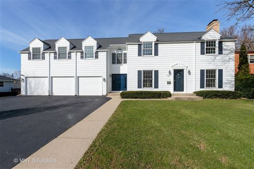 Photo of 216 Jeanette Place, Mundelein, IL 60060 (MLS # 10940955)