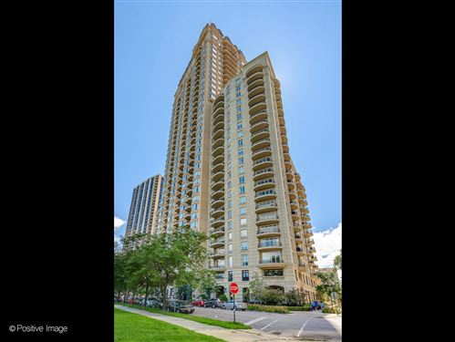 Photo of 2550 N Lakeview Avenue #N401, Chicago, IL 60614 (MLS # 11165956)
