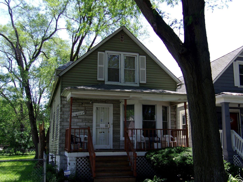 12139 S Lowe Avenue, Chicago, IL 60628 - #: 10745956