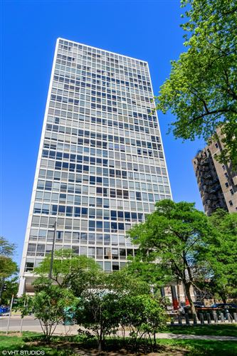 Photo of 2400 N Lakeview Avenue #812, Chicago, IL 60614 (MLS # 11127959)