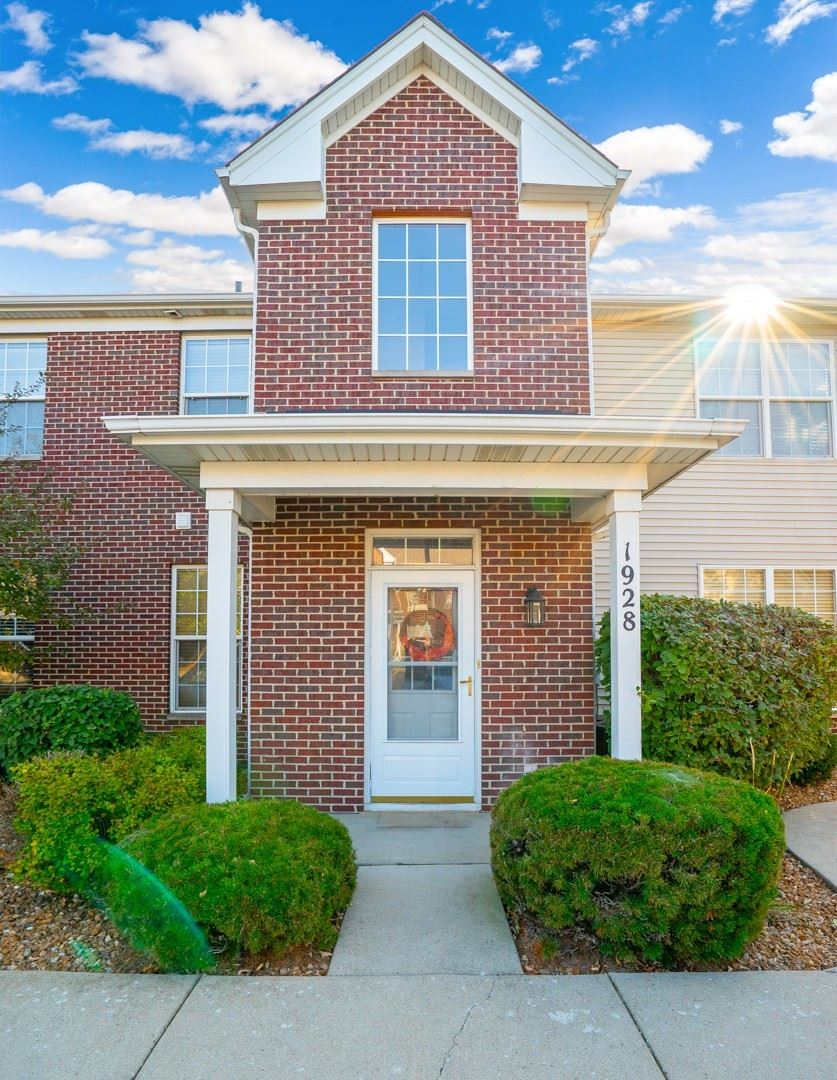Photo of 1928 Parkside Drive #15, Shorewood, IL 60404 (MLS # 10882962)