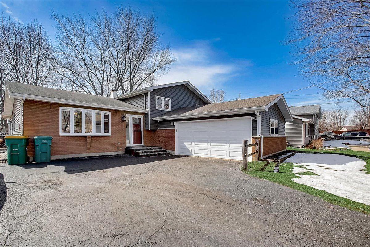211 Burnett Avenue, Lake Villa, IL 60046 - #: 11013963