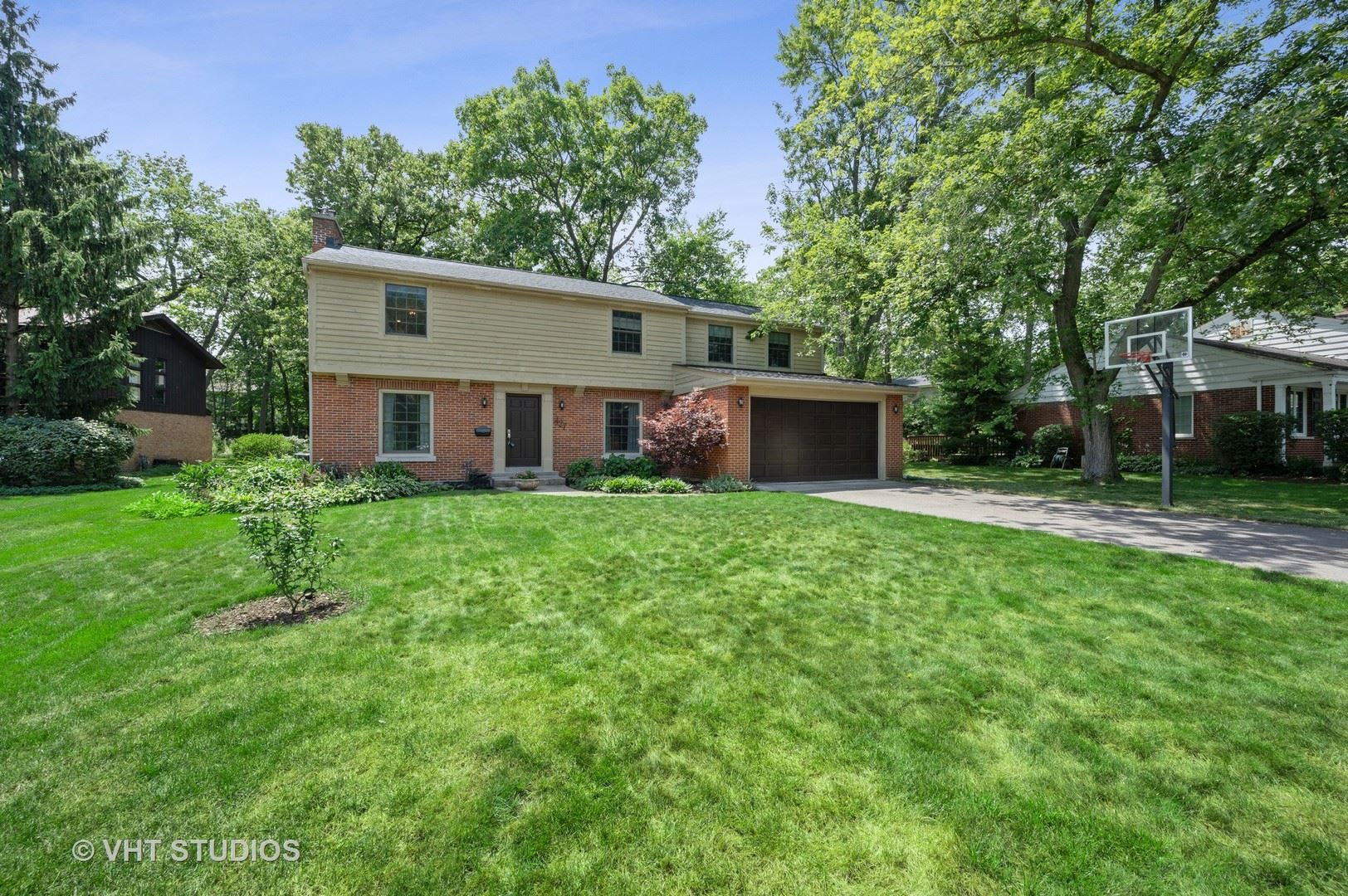 427 Woodvale Avenue, Deerfield, IL 60015 - #: 10795965