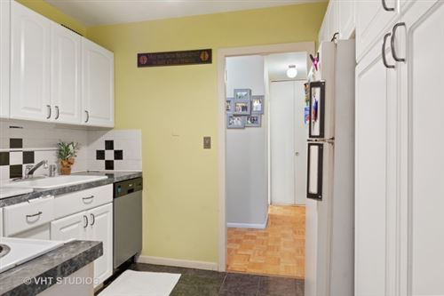 Tiny photo for 1255 North Sandburg Terrace #410, Chicago, IL 60610 (MLS # 10584968)