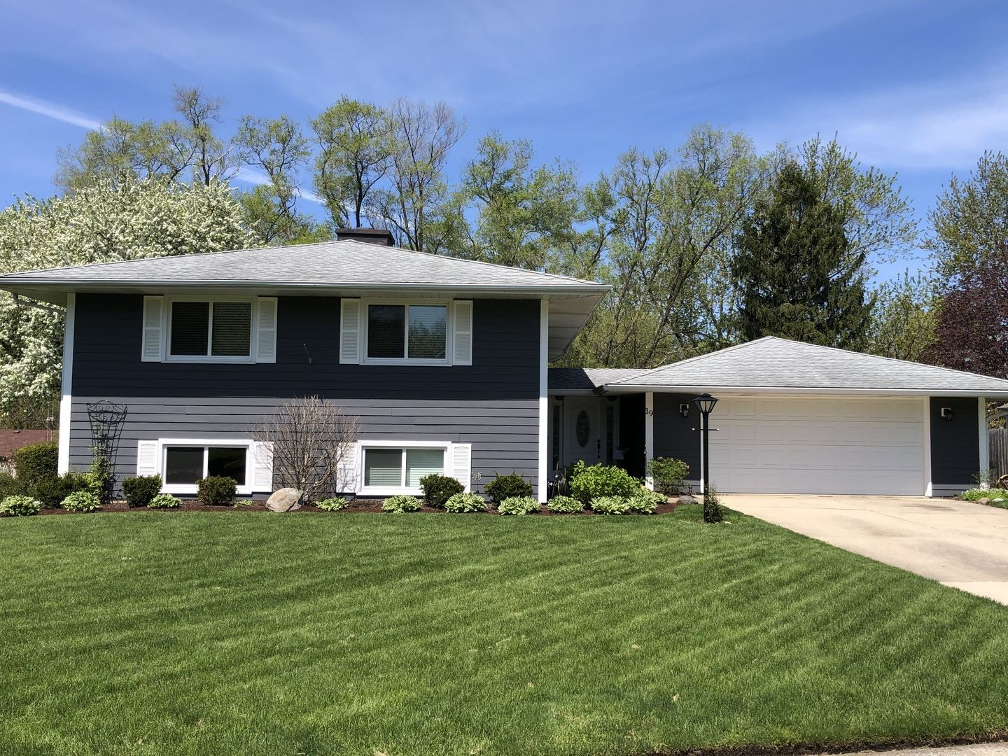 19 Woodcliff Road, Montgomery, IL 60538 - #: 10707968