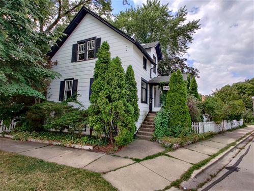Photo of 596 S EUCLID Avenue, Elmhurst, IL 60126 (MLS # 10882969)