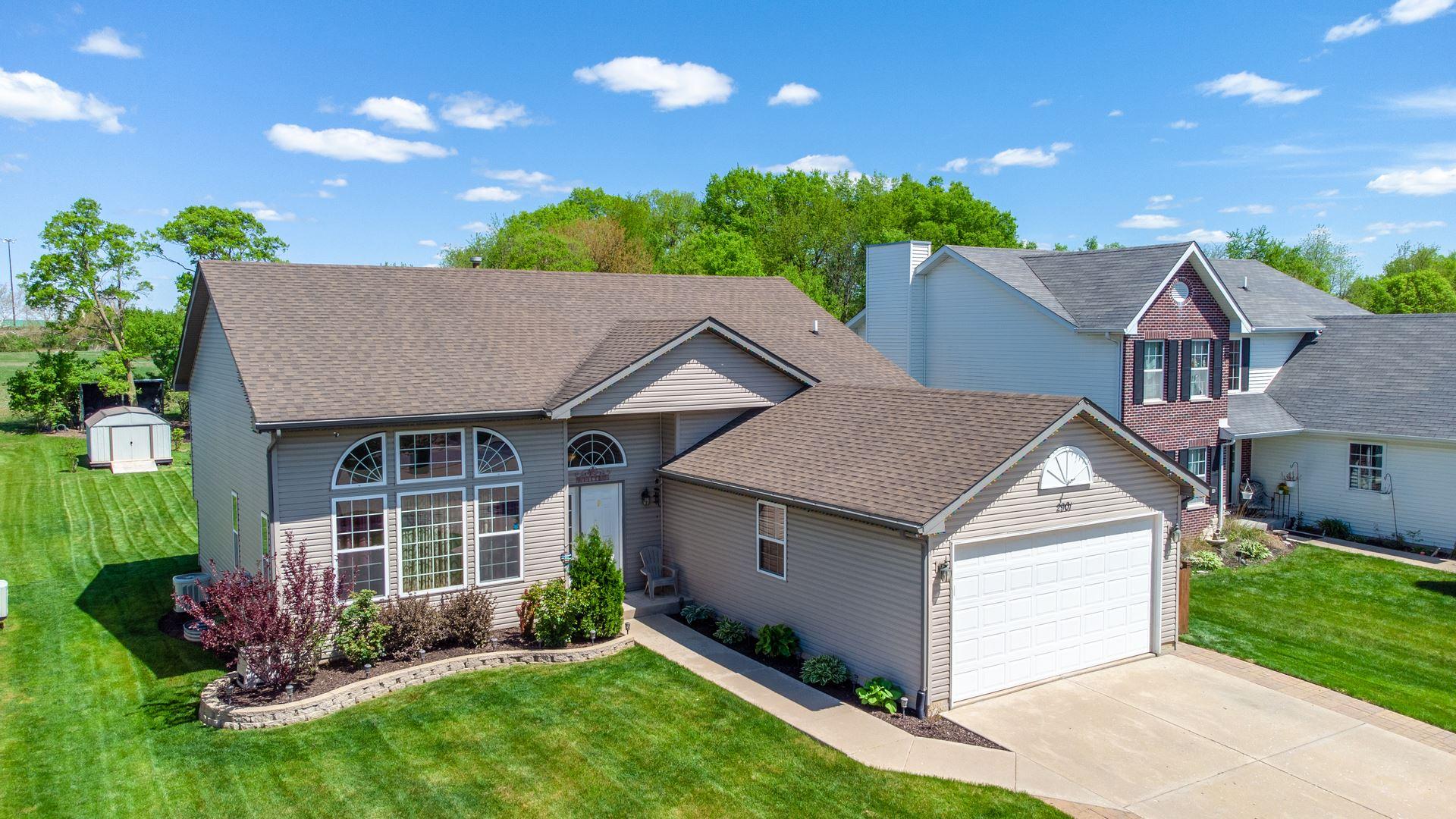 Photo of 2901 BLOOMFIELD Drive, Joliet, IL 60436 (MLS # 11077970)