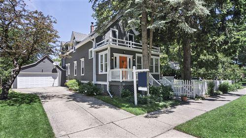 Photo of 2805 Park Place, Evanston, IL 60201 (MLS # 10752973)