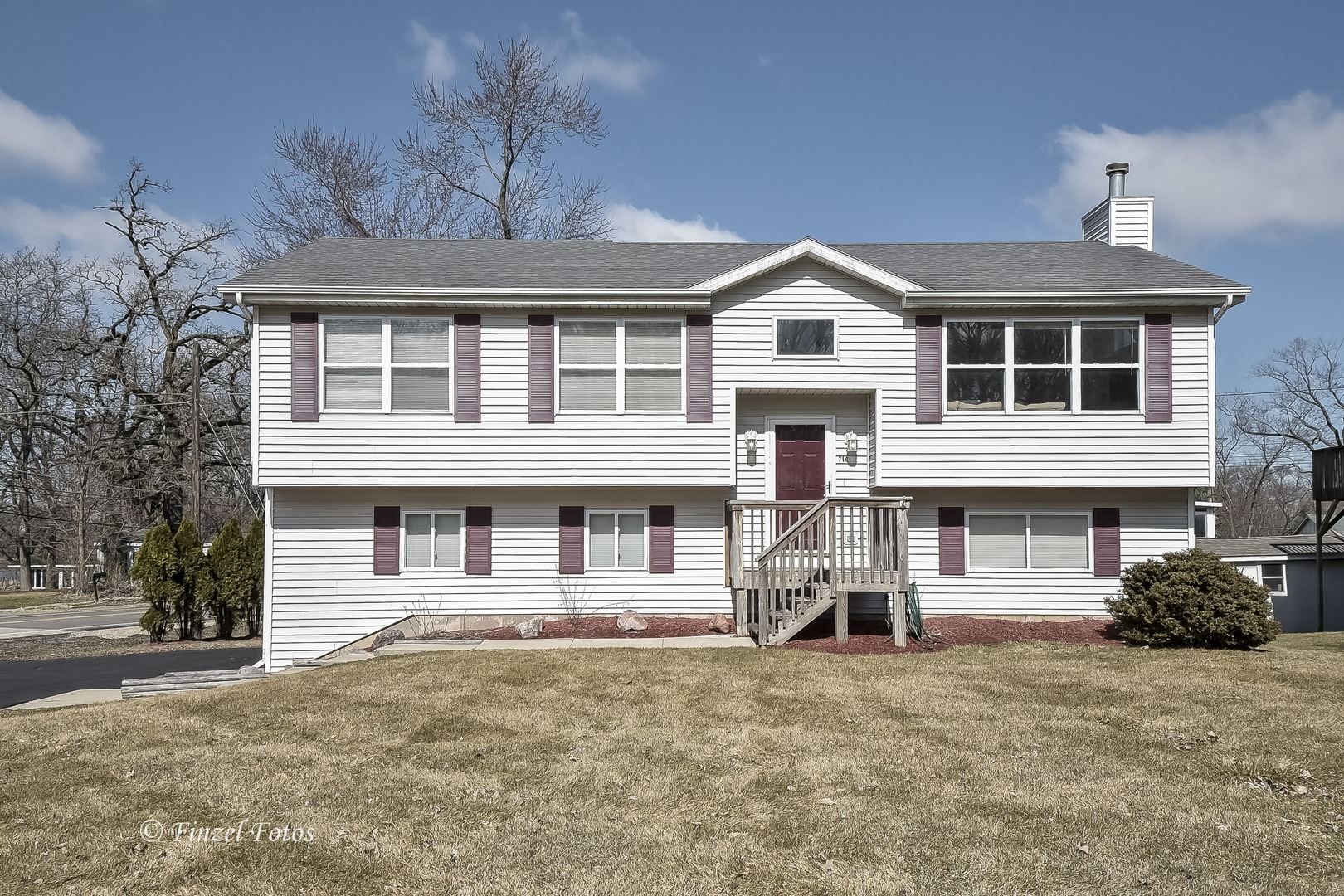 716 1st Street, Holiday Hills, IL 60051 - #: 10665973