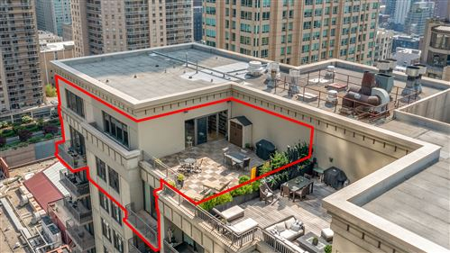 Photo of 630 N State Street #2705, Chicago, IL 60654 (MLS # 11009975)