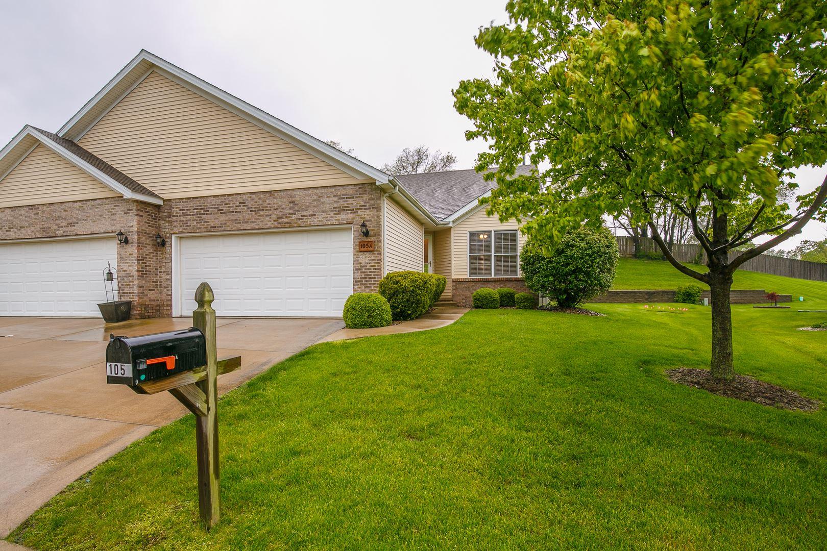 105 Meadow Ridge Drive #A, Bloomington, IL 61704 - #: 10725976
