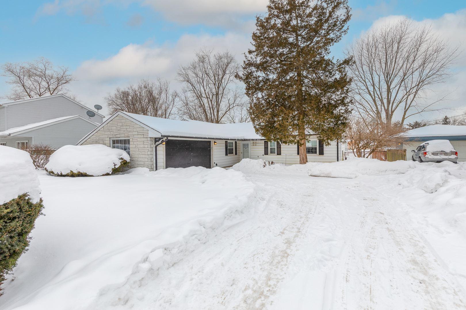 Photo of 117 Oxford Road, Bolingbrook, IL 60440 (MLS # 10990977)
