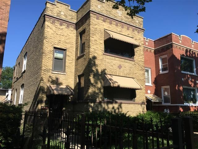Photo for 1712 North Long Avenue, CHICAGO, IL 60639 (MLS # 10484978)
