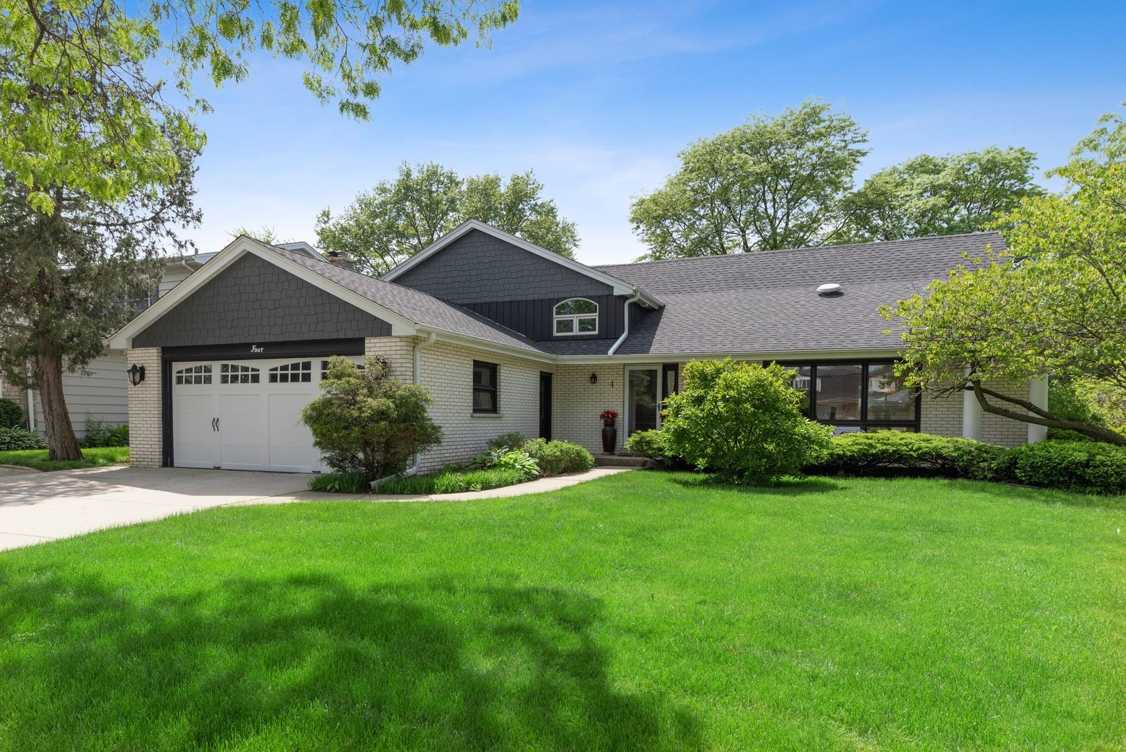 4 S Princeton Court, Arlington Heights, IL 60005 - #: 10736978