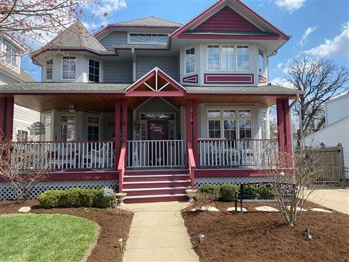 Photo of 3901 Lawn Avenue, Western Springs, IL 60558 (MLS # 10993980)