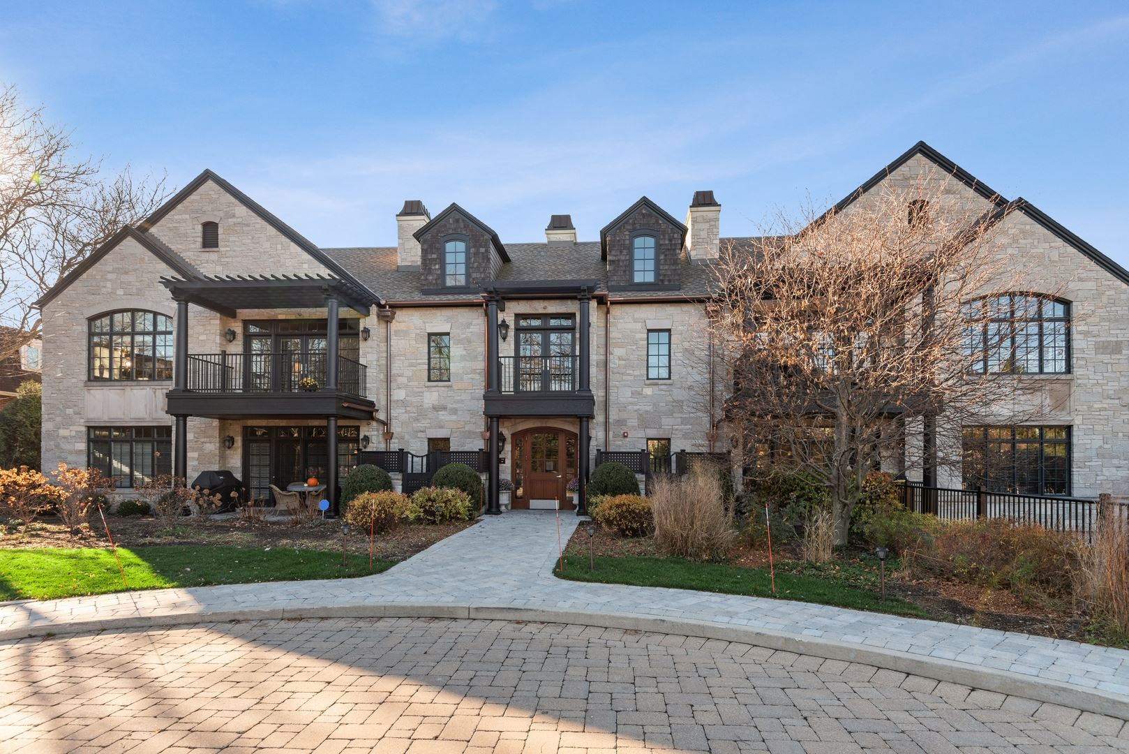Photo for 1884 Old Willow Road #2C, Northfield, IL 60093 (MLS # 10931981)