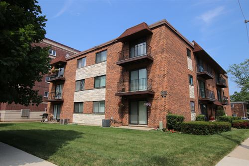 Photo of 463 Alles Avenue #3A, Des Plaines, IL 60016 (MLS # 10612982)