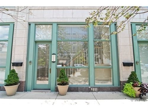 Photo of 3111 N GREENVIEW Avenue, Chicago, IL 60657 (MLS # 10631982)