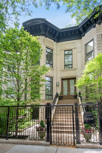 Photo of 1358 N DEARBORN Street, Chicago, IL 60610 (MLS # 10949982)