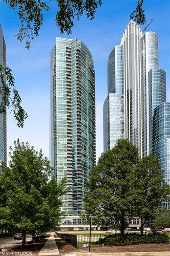 Photo of 1201 S Prairie Avenue #1303, Chicago, IL 60605 (MLS # 11084982)